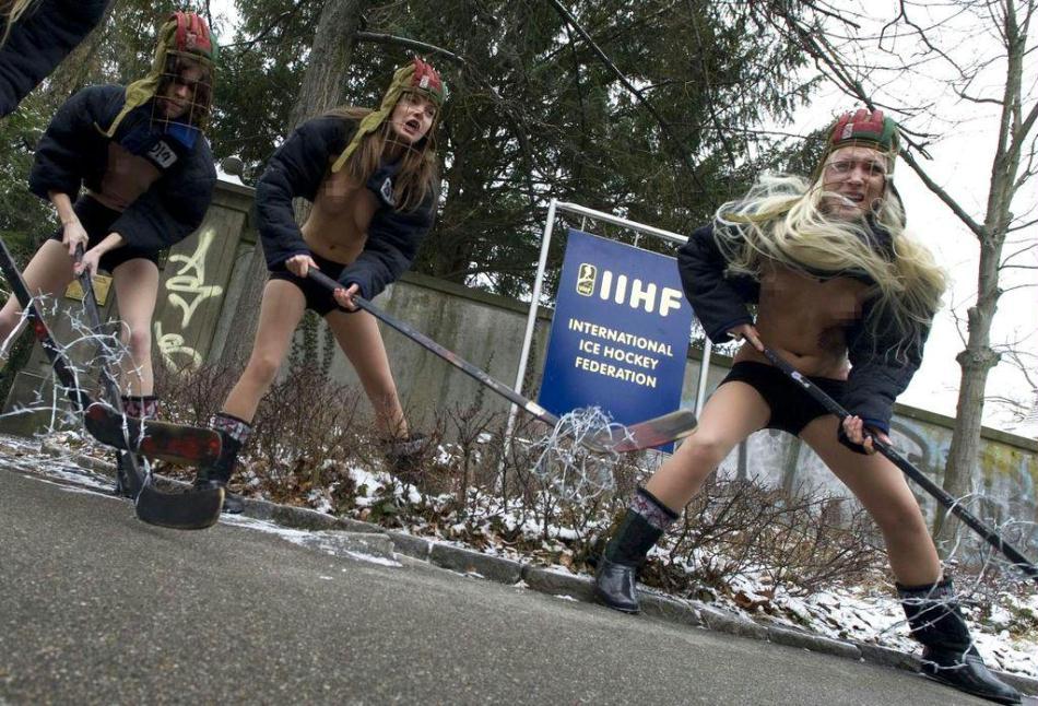 乌克兰大胆人体系艺人图片_乌克兰女裸体示威 抗议2014年冰球世界杯