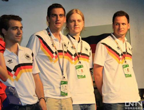 [高清组图]中德电子竞技友谊赛开幕式在世博会举行