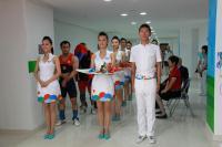 [高清组图]专访大运会颁奖团队 首创礼仪先生
