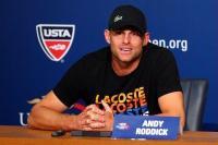 [高清组图] 罗迪克发布会宣布退役 虽遗憾仍微笑
