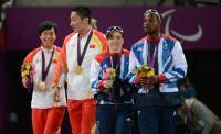 [高清组图]残奥田径-周国华女子100米T12级夺冠